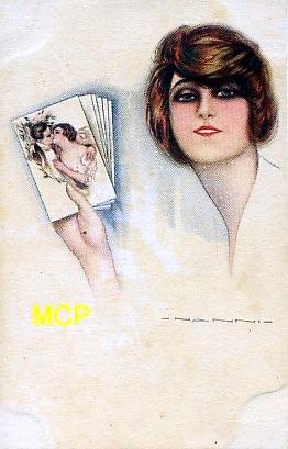 Carte postale représentant une collectionneuse de cartes postales.