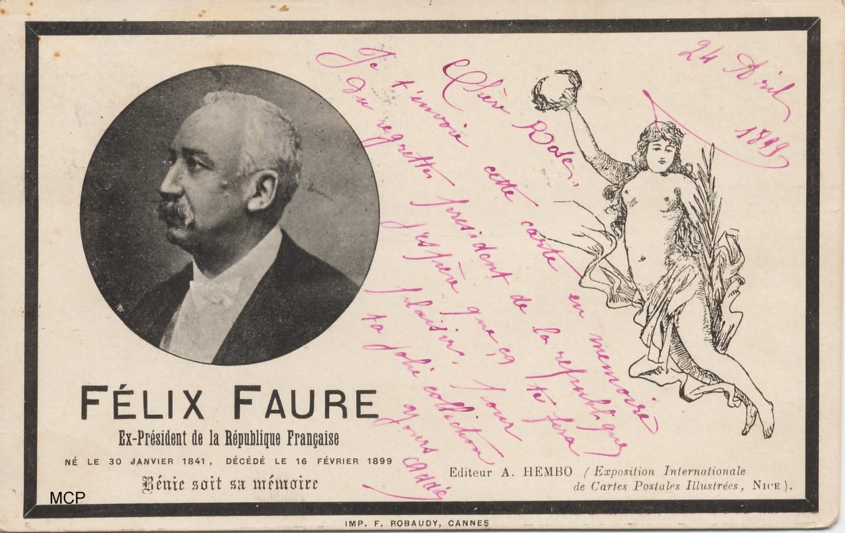 """Carte postale """"faire part de deuil"""" du président Félix Faure, réalisée par Hembo, et exposée au musée de la carte postale, à Antibes."""