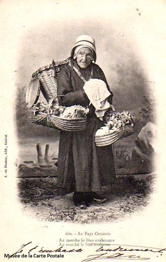 Carte postale ancienne du Limousin, représentant une scène de la vie active au pays creusois.