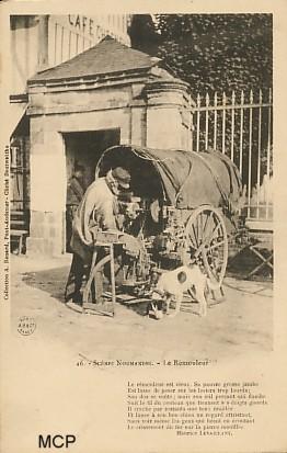 Carte postale à valeur documentaire, représentant un rémouleur ambulant.