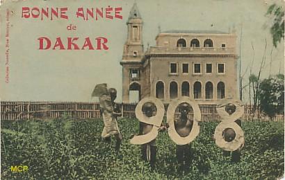 Symbole du temps qui passe, carte postale voeux de bonne année 1908, exposée au musée de la carte postale, à Antibes.