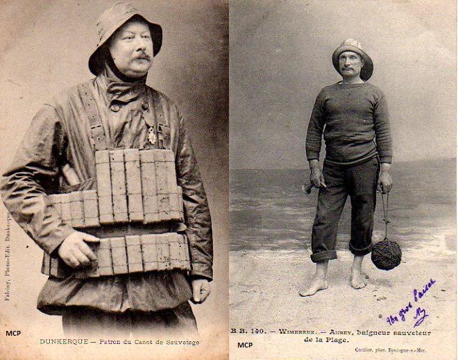 Cartes postales représentants des maitres-nageurs sauveteurs en mer, à découvrir au musée de la Carte Postale lors de cette exposition temporaire.
