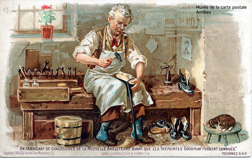 Carte postale représentant un fabricant de chaussures en Nouvelle Angleterre, issue de l'exposition temporaire sur la chaussure au Musée de la carte postale d'Antibes.