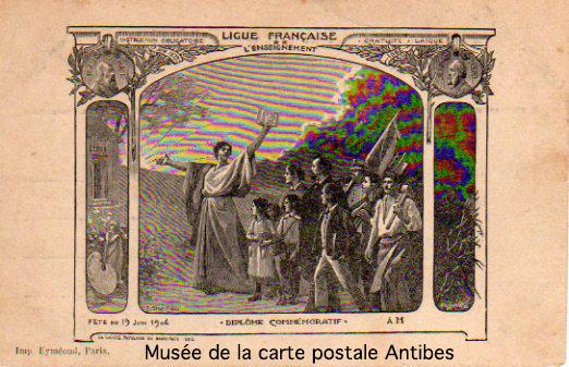Carte postale illustrée représentant un diplôme commémoratif de la ligue française de l'enseignement.