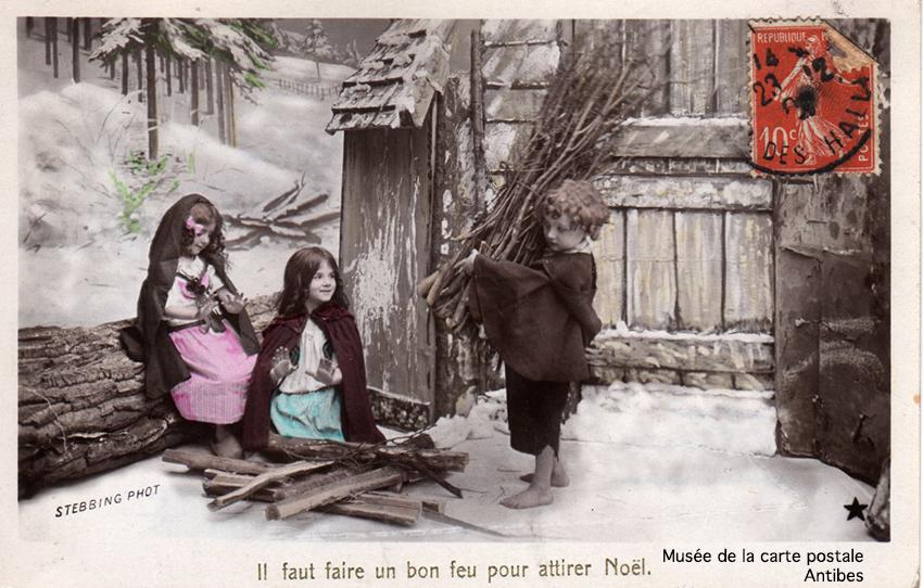 Carte postale photo montage avec de la neige.