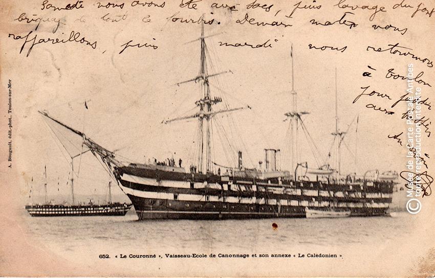 Carte postale ancienne représentant un bateau école, issue de l'exposition des grands voiliers au Musée de la Carte Postale, d'Antibes.