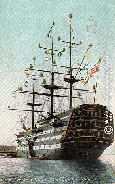 Carte postale ancienne représentant un voilier, issue de l'exposition des grands voiliers au Musée de la Carte Postale, d'Antibes.