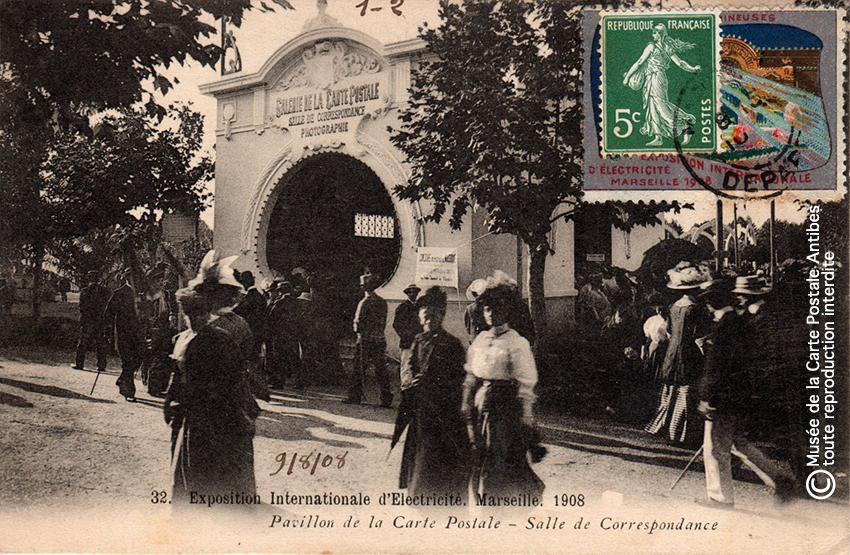 Pavillon galerie de la Carte Postale à Marseille en 1908.