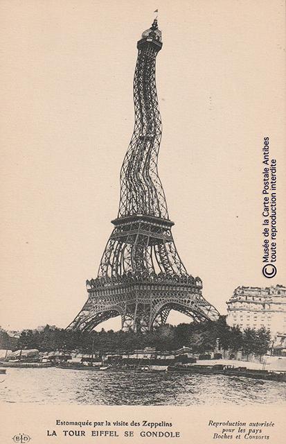 Carte postale ancienne représentant la Tour Eiffel gondolée de rire à la visite des Zeppelins.