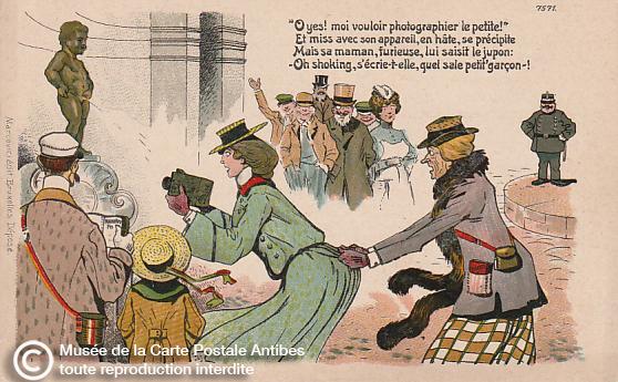 Carte postale illustrée humoristique représentant le Manneken Pis et une famille de touristes anglais.