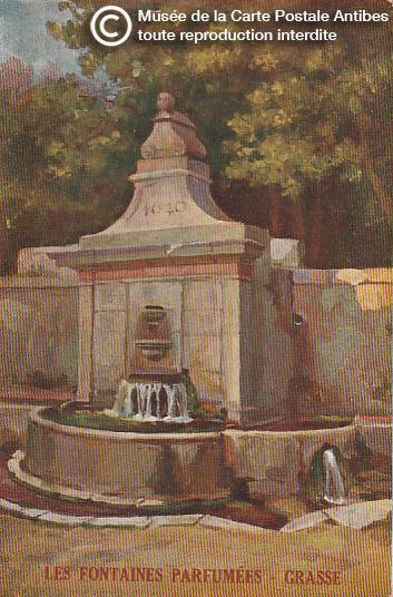 Carte postale représentant une fontaine parfumée à Grasse.
