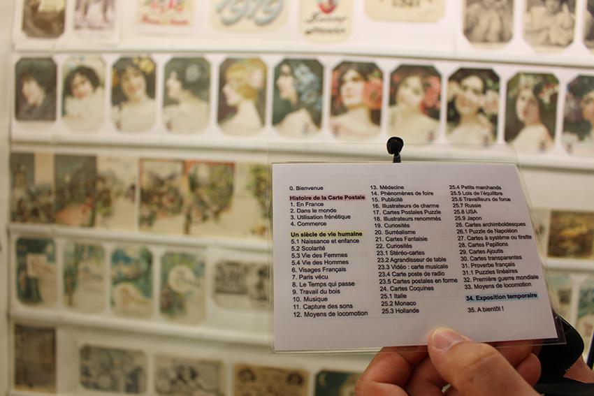 Thèmes de la visite audioguidée du musée de la carte postale, à Antibes.