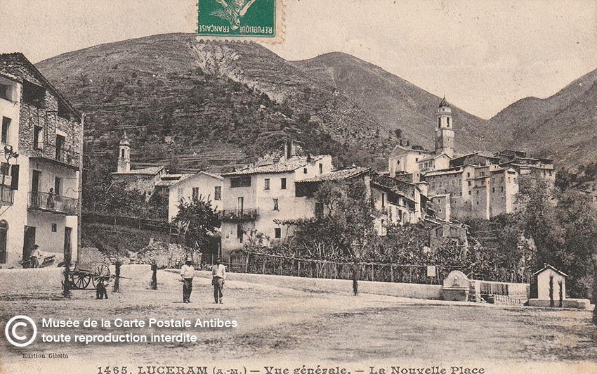 Village de Lucéram en carte postale ancienne.